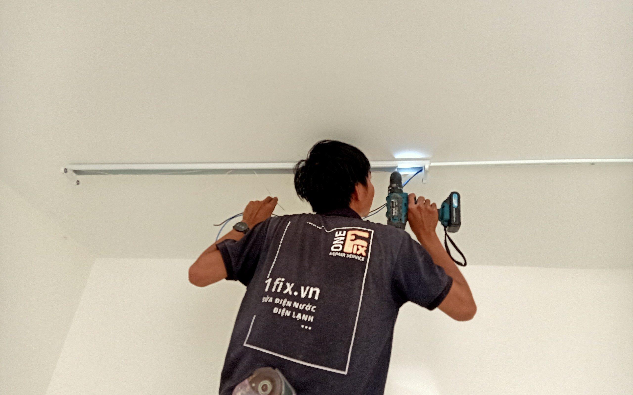 Cách lắp bóng đèn led trong nhà