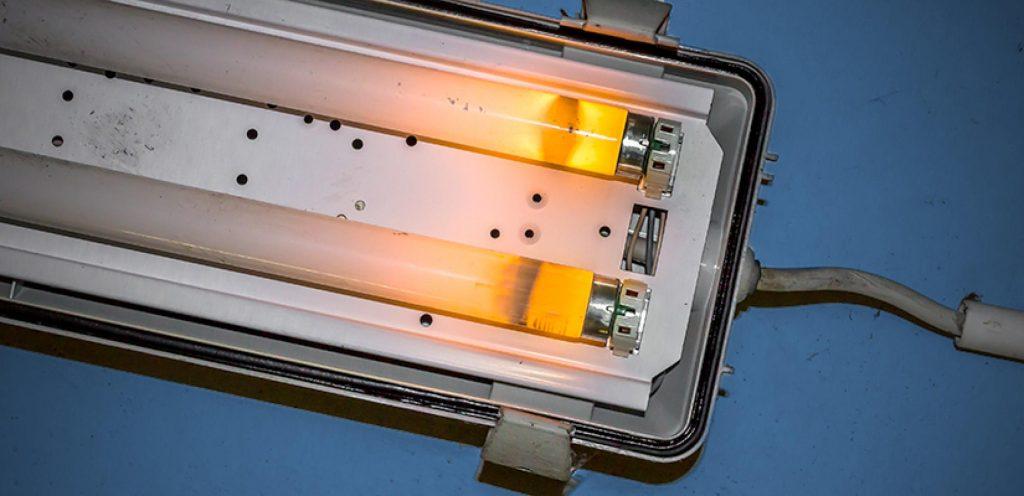 Dịch vụ sửa bóng đèn huỳnh quang tại nhà