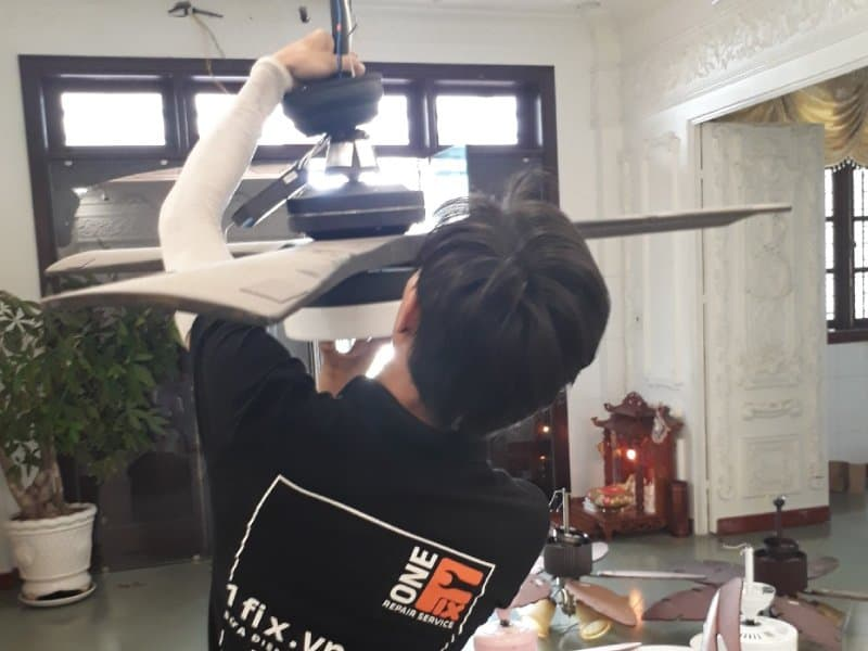 Dịch vụ lắp quạt trần thạch cao tại nhà
