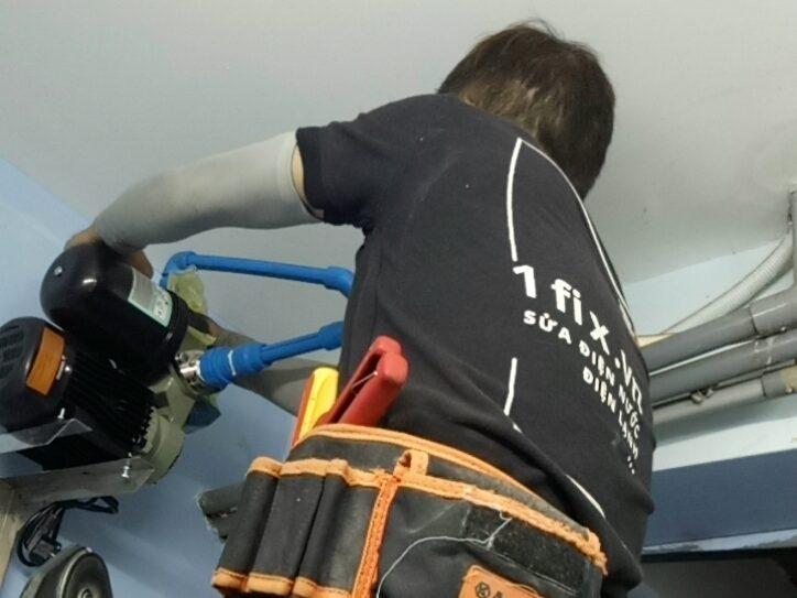 Dịch vụ sửa chữa, lắp bơm tăng áp cho bình nóng lạnh tại nhà