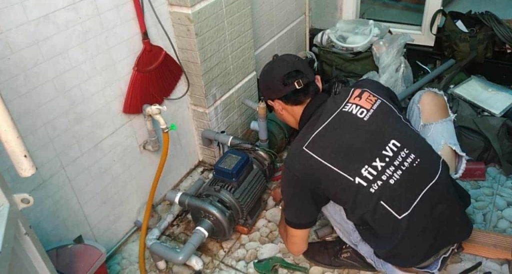 Dịch vụ sửa máy bơm nước bị cháy tại nhà