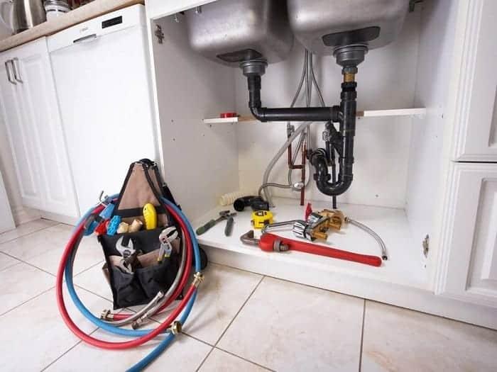 cách vệ sinh đường ống thoát nước