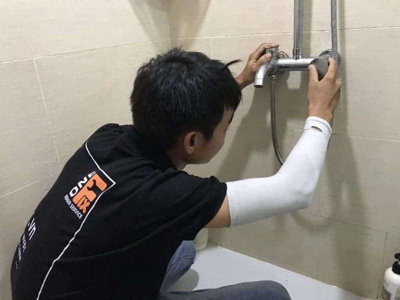 Sửa đường nước tại nhà